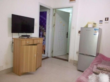 万福小区 1室1厅 45平米 简单装修 押一付一